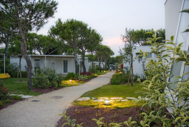 Villaggio turistico adriatico jesolo camping village for Villaggio jesolo